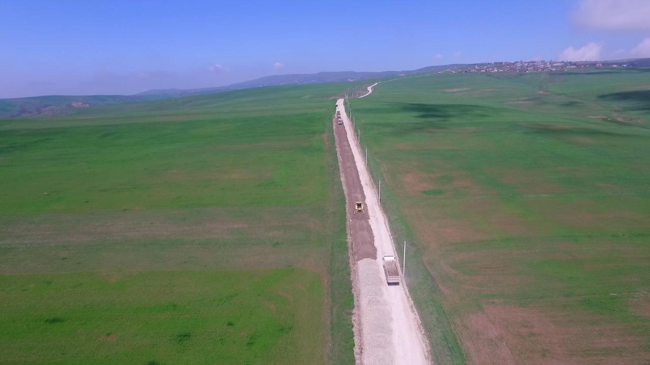 В Азербайджане ремонтируют эту дорогу