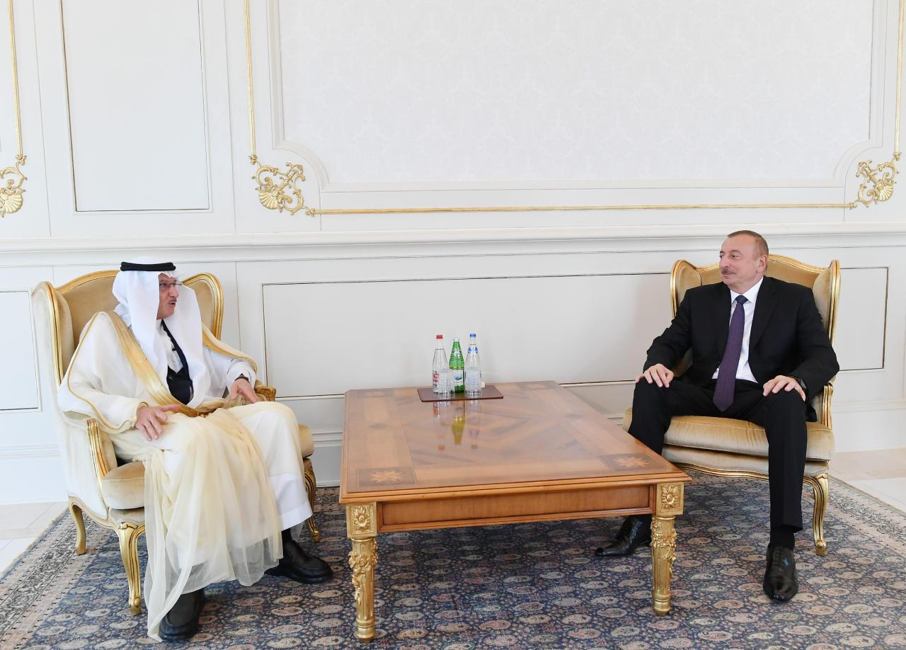 Президент Ильхам Алиев принял генерального секретаря ОИС