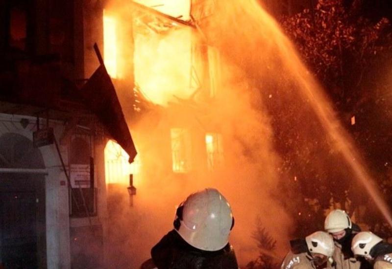 Сигарета стала причиной сильного пожара в Баку