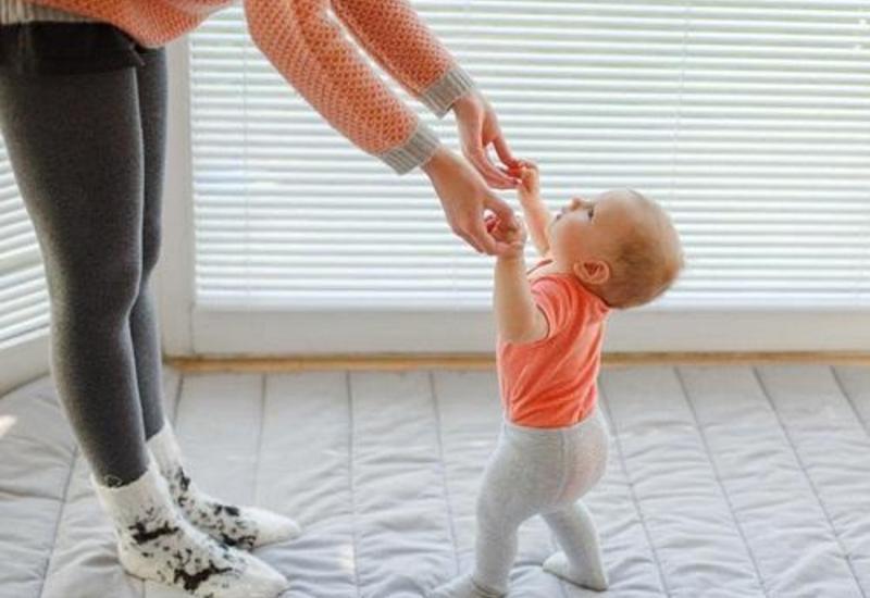 Uşaqlarda ayaq əyrilikləri: Müalicəyə ehtiyac varmı?