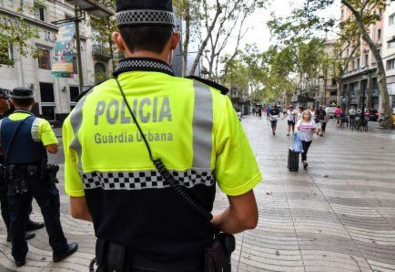 В Барселоне эвакуировали пляж из-за взрывного устройства