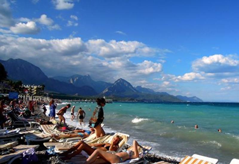 Анталья приняла рекордное число иностранных туристов в 2019 году