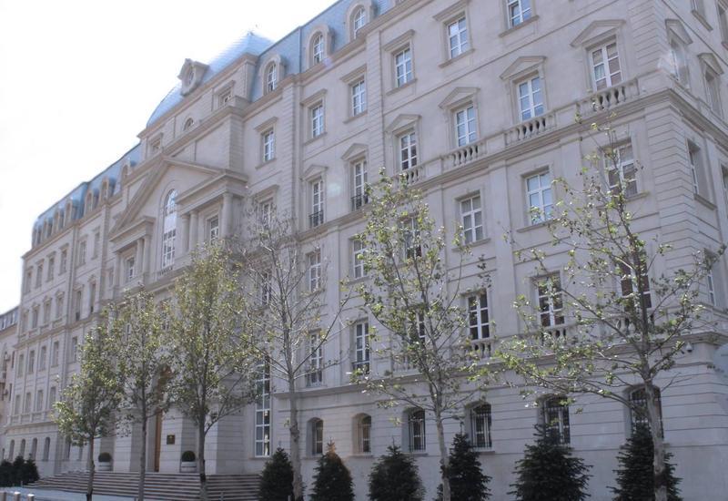 Минфин Азербайджана разместил облигации на крупную сумму