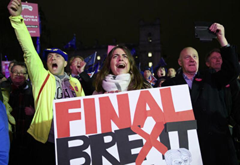 Борис Джонсон объявил о приостановке работы парламента из-за Brexit