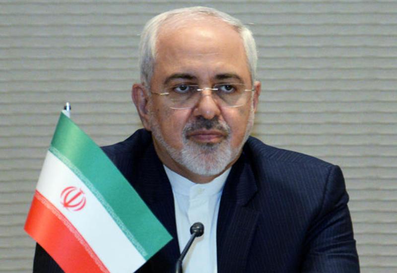 Зариф заявил, что Иран не будет вести переговоры с США под давлением и угрозами