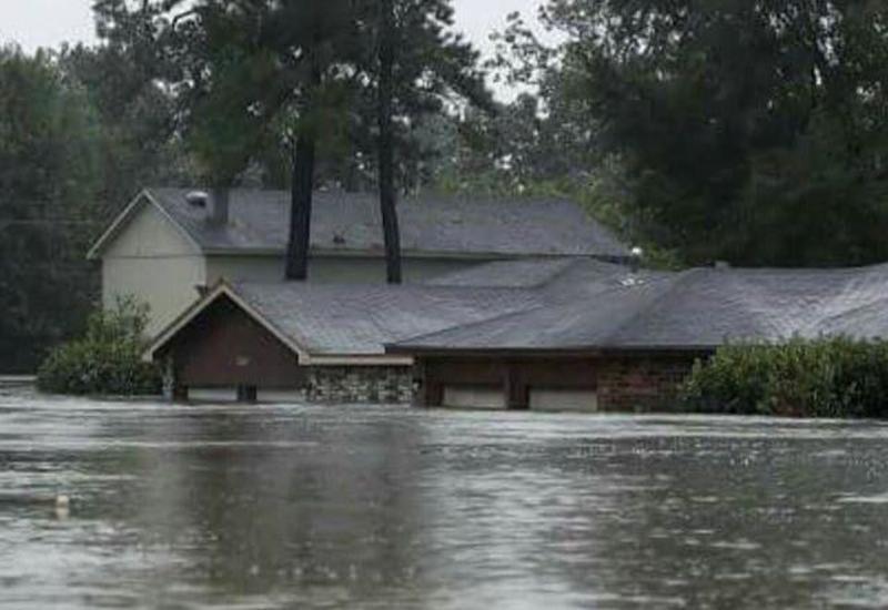 В США из-за приближения урагана перебрасывают самолеты из Флориды в другие штаты