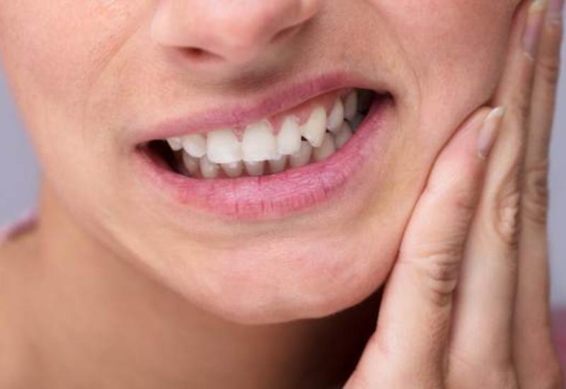 Создан гель, который восстанавливает зубы без пломб