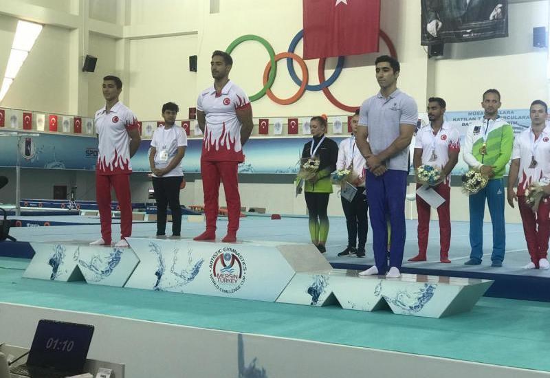 Азербайджанские гимнасты взяли «золото» и «бронзу» в Турции