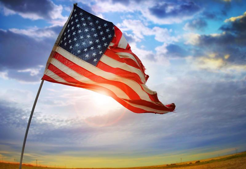 США разрабатывают план возвращения экономики к нормальной жизни