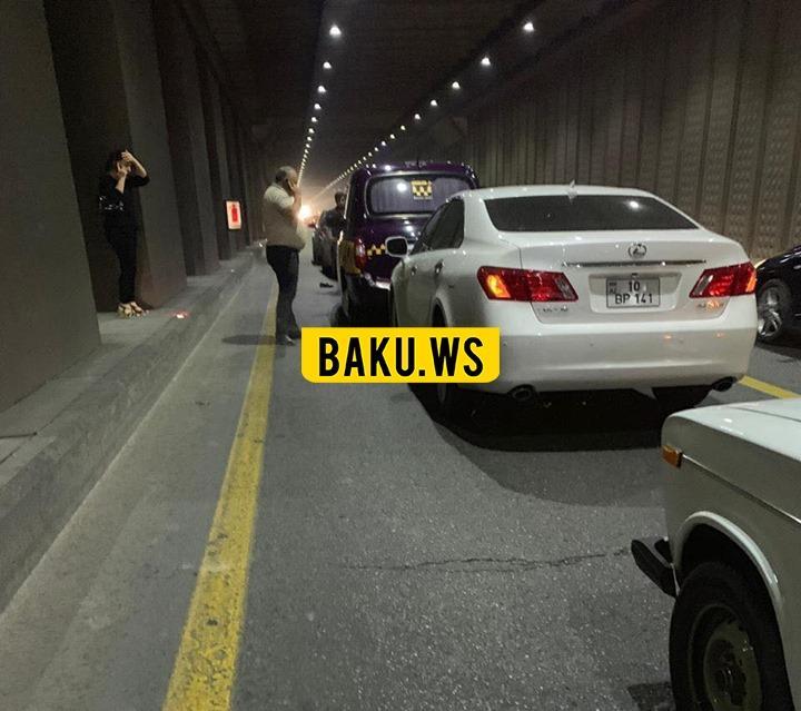В тоннеле в Баку столкнулись 6 автомобилей