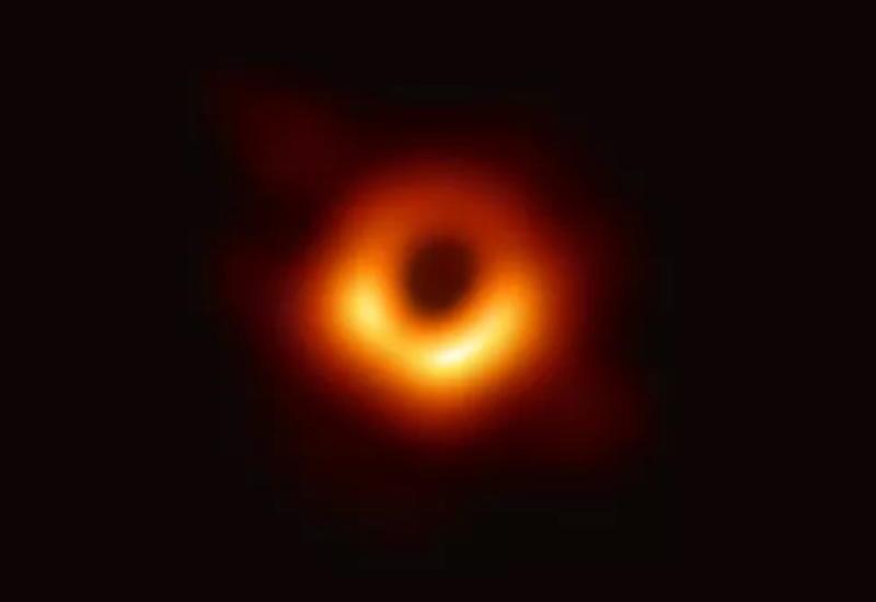 Авторы снимка черной дыры получили миллионы долларов