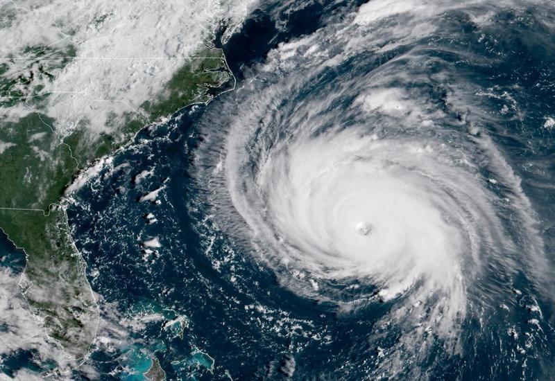 """Число жертв урагана """"Дориан"""" на Багамах выросло до 43 человек"""