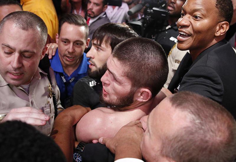 Радость команды Нурмагомедова после победы попала на камеры