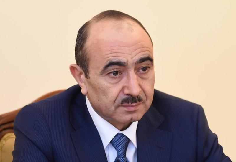 Али Гасанов: Азербайджанская власть открыта к сотрудничеству с каждым лицом и с каждой группой, желающей служить государству и государственности