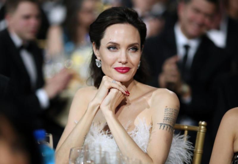 Анджелина Джоли поделилась трогательной семейной традицией