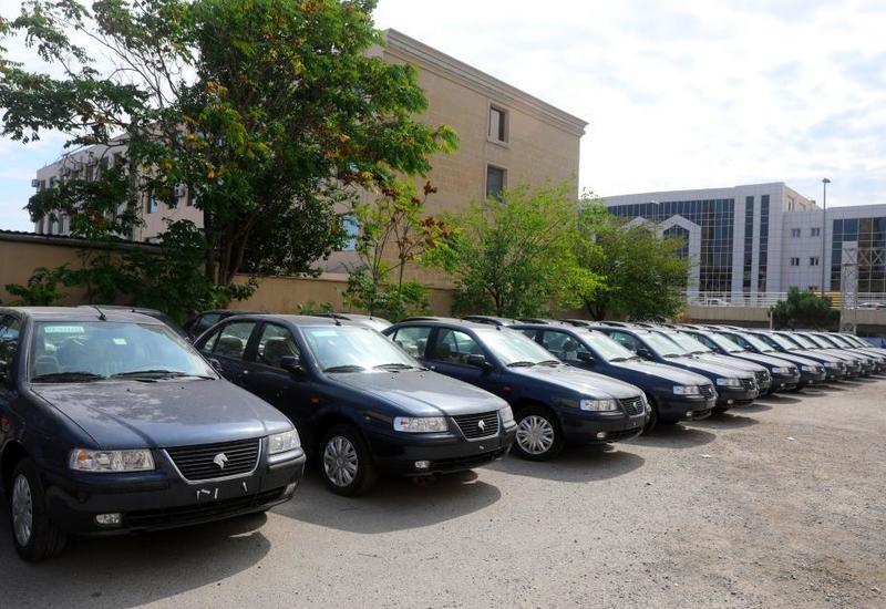 В Азербайджане десяткам инвалидов Карабахской войны передали автомобили
