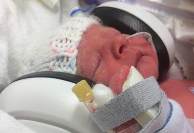 Британка родила дочь после 14 направлений на аборт и не пожалела о своем решении