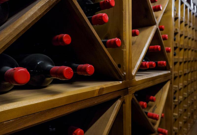 Почему старое вино стоит баснословных денег
