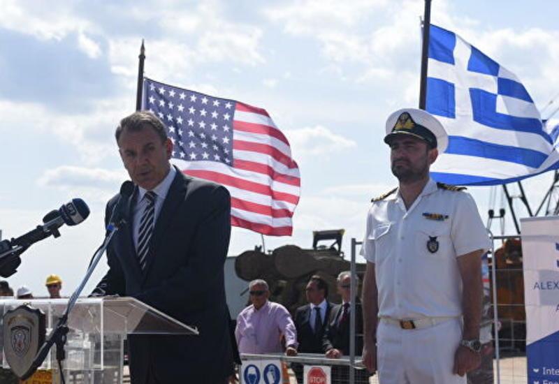 США намерены приобрести порт на севере Греции