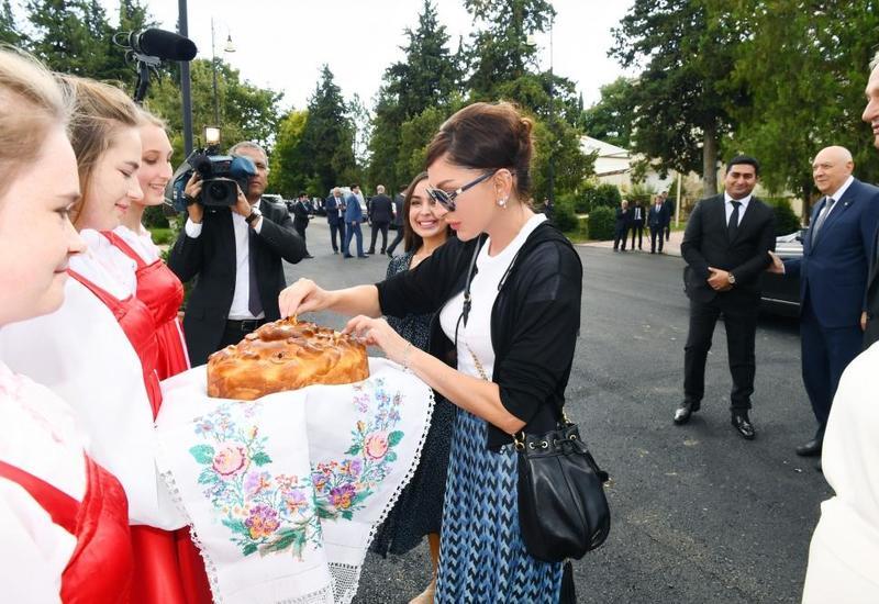 Первый вице-президент Мехрибан Алиева приняла участие в открытии Дворца культуры в селе Ивановка Исмаиллинского района после капремонта
