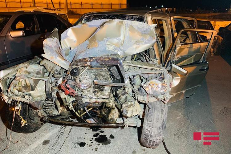 Тяжелое ДТП на трассе Бинагади-Новханы, есть погибшие и пострадавшие