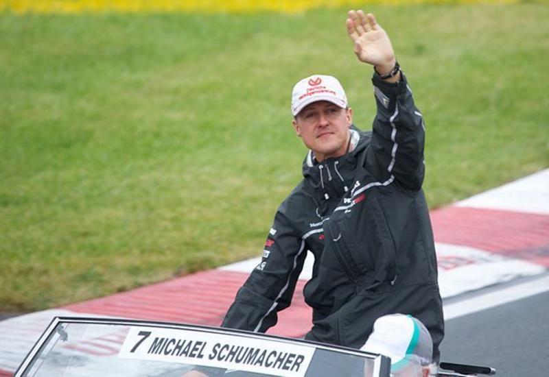 Шумахер прошел курс лечения в Париже и покинул Францию