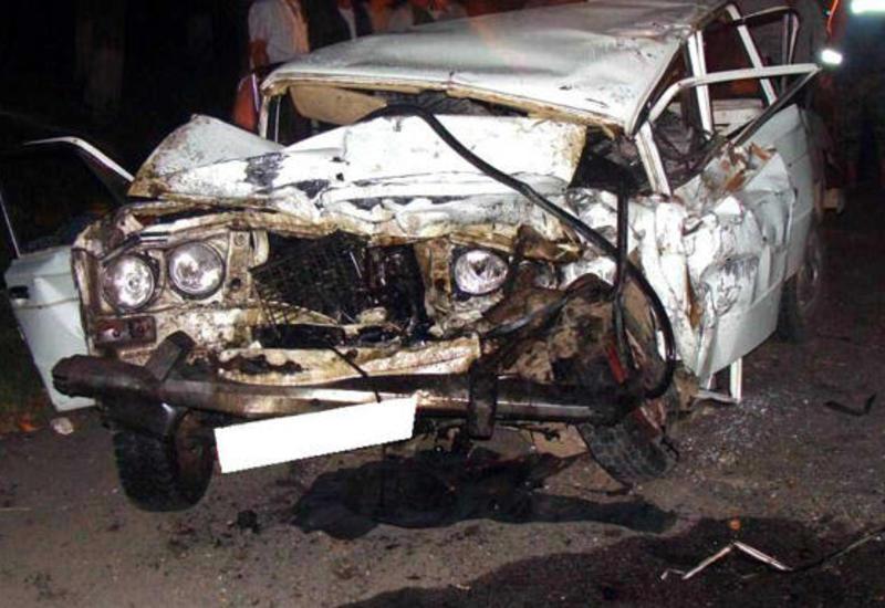 Тяжелая авария в Масаллы, погиб ребенок
