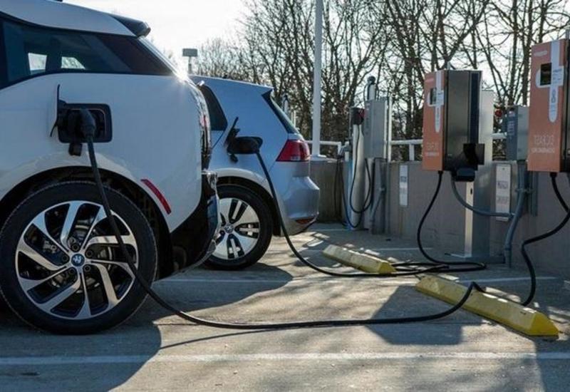 В Азербайджане призвали стимулировать использование электромобилей