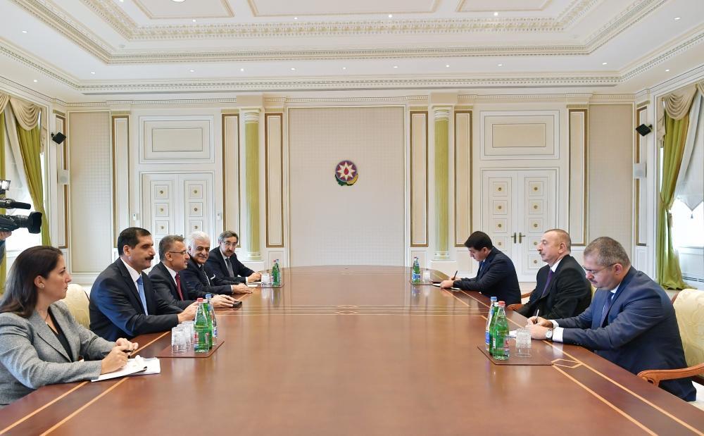 Президент Ильхам Алиев принял вице-президента Турции