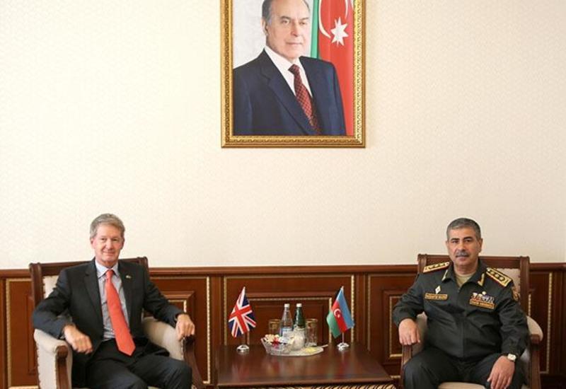 Закир Гасанов на переговорах с новым послом Великобритании