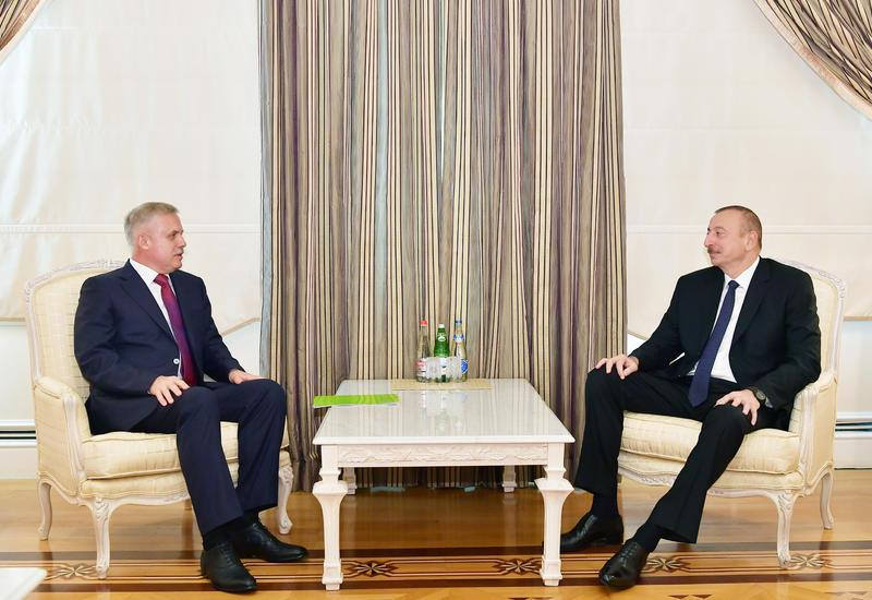 Президент Ильхам Алиев принял госсекретаря Совета безопасности Беларуси