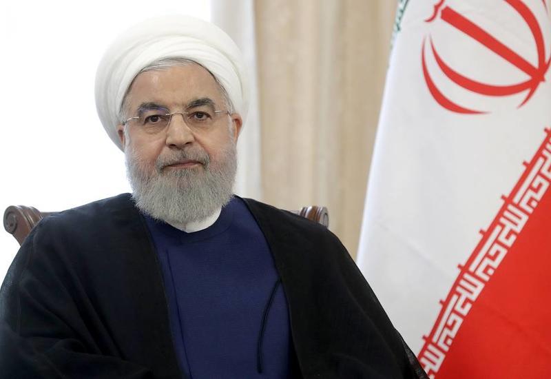 """Президент Ирана назвал """"предупреждением"""" атаку на предприятия Saudi Aramco"""