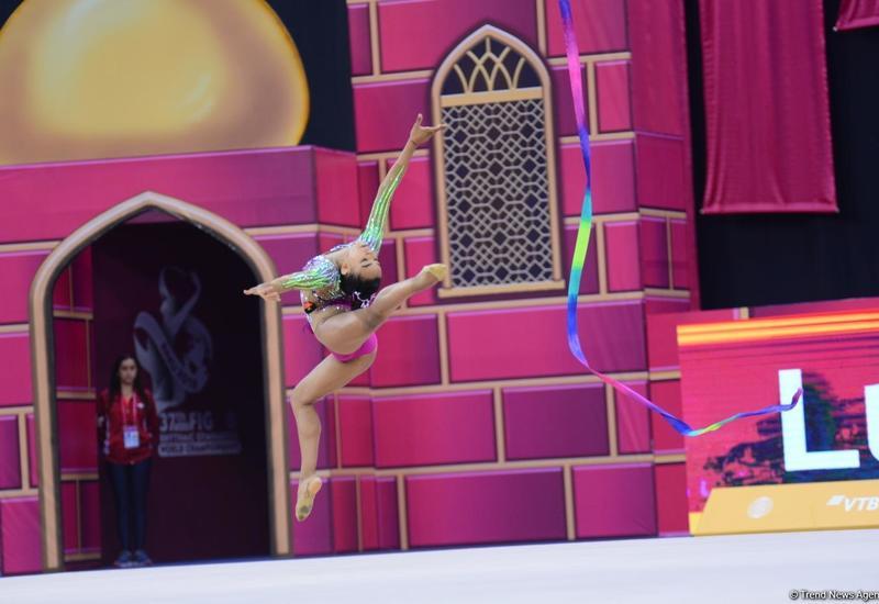 В Баку проходит третий день соревнований 37-й Чемпионата мира по художественной гимнастике