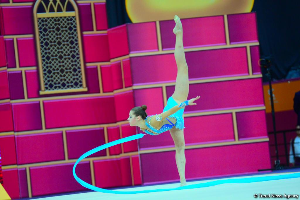 Вероника Гудис представила на Чемпионате мира упражнение с лентой под композицию Муслима Магомаева