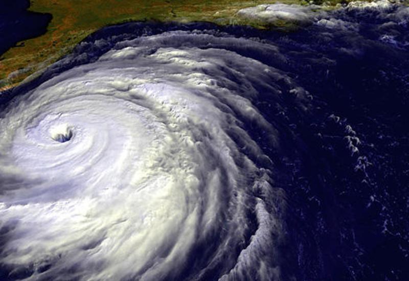 """В Атлантике тропический шторм """"Джерри"""" усилился до урагана"""