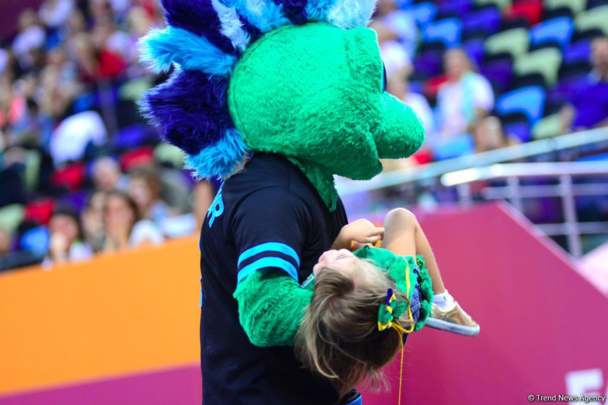 Улыбки, радость и восторг на Чемпионате мира по художественной гимнастике в Баку