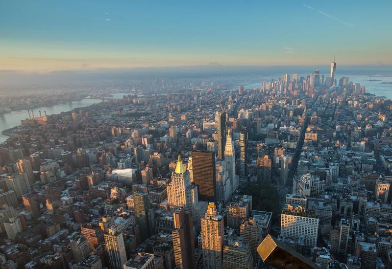 Число жертв коронавируса в Нью-Йорке возросло до 965
