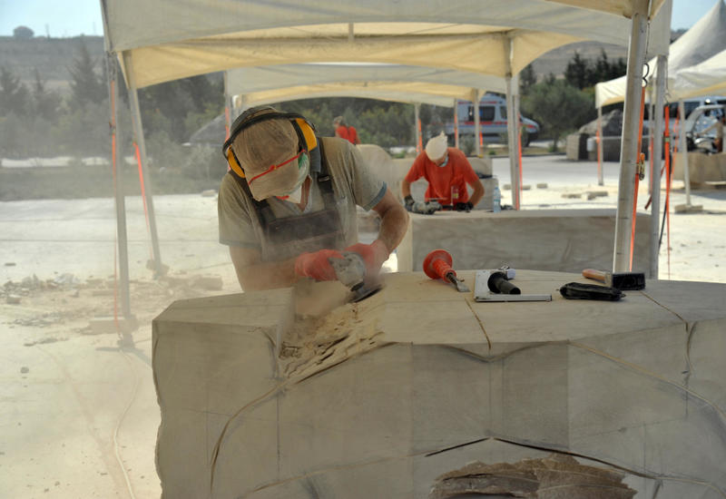 Произведения IV Международного симпозиума по скульптуре «Песня камня» посвящены гениальному поэту Насими