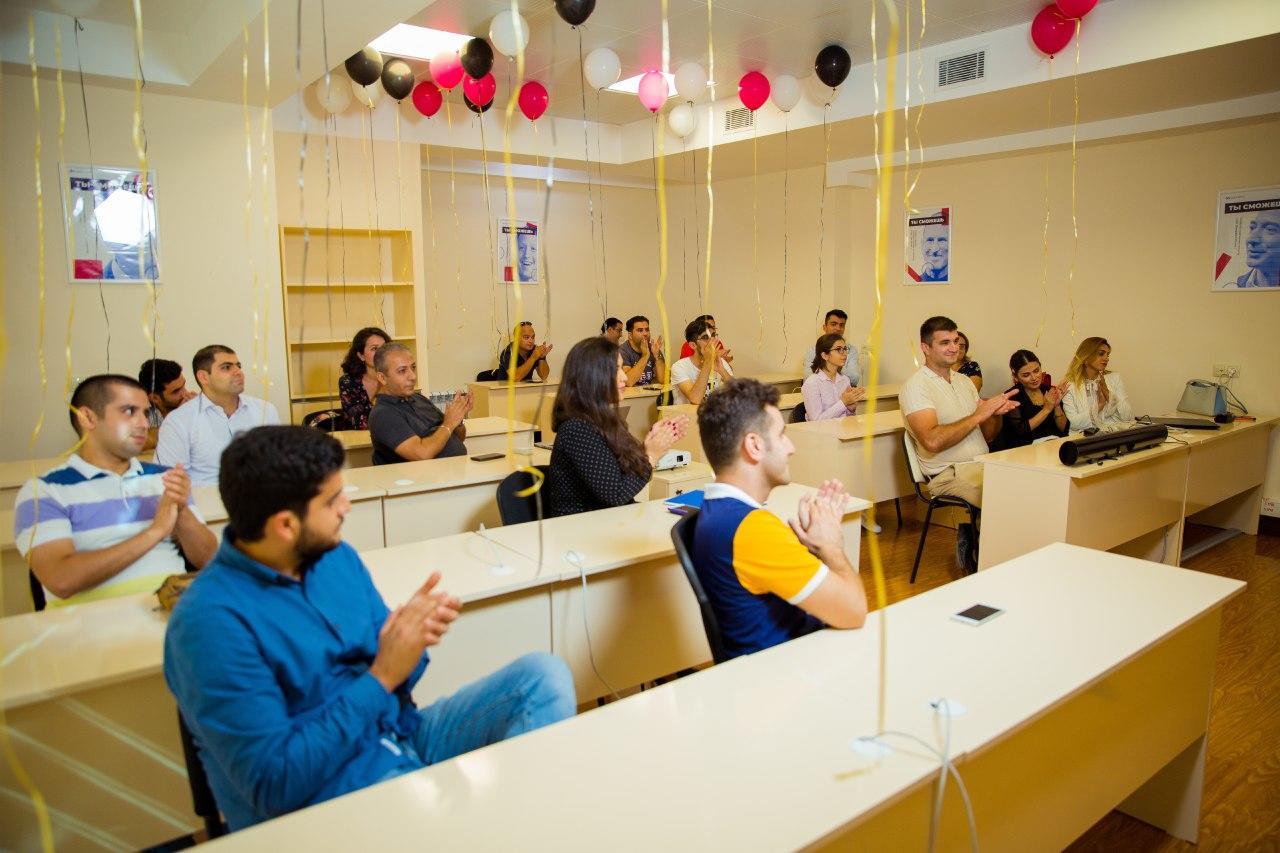 В Баку открылся международный колледж интернет-технологий