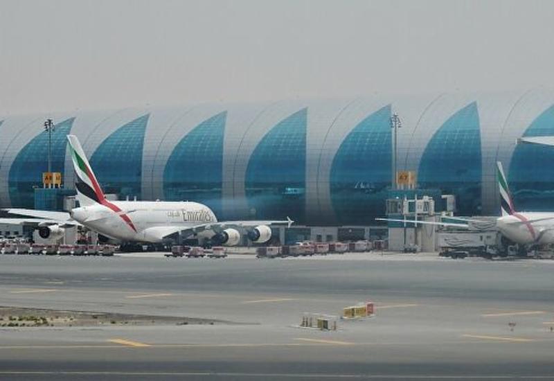 В аэропорту Дубая задержали рейсы из-за подозрения на появление дрона