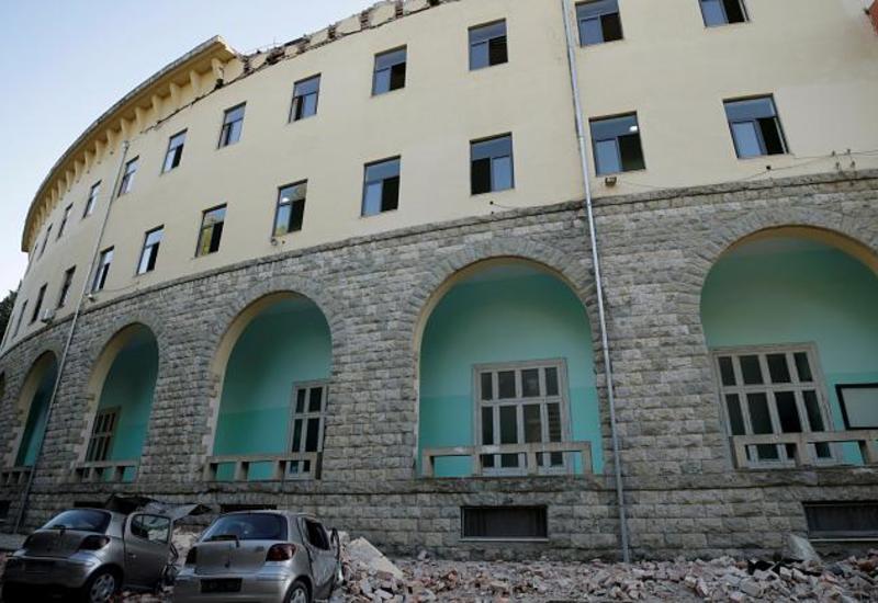 Сильное землетрясение в Албании, более ста пострадавших