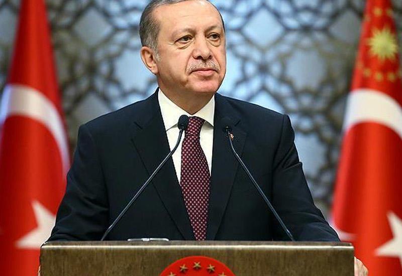Эрдоган поздравил Азербайджан с Днем восстановления независимости