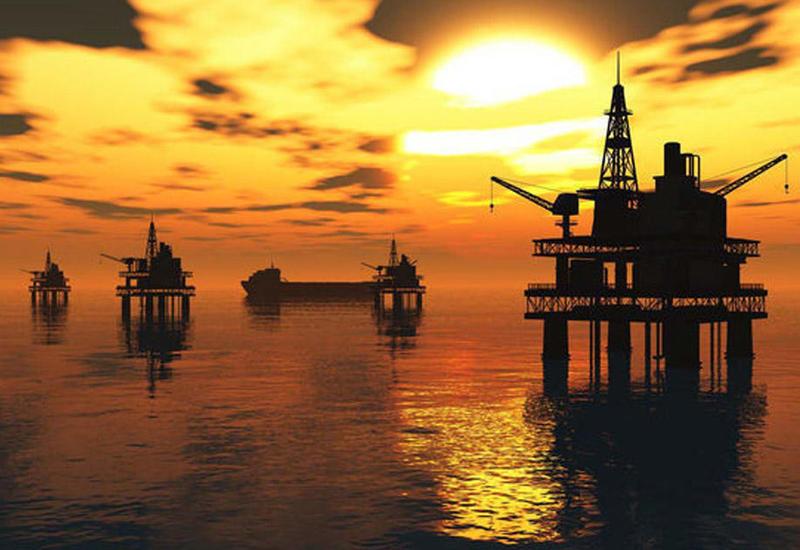 """МВФ назвал """"безубыточную"""" для Азербайджана цену на нефть"""