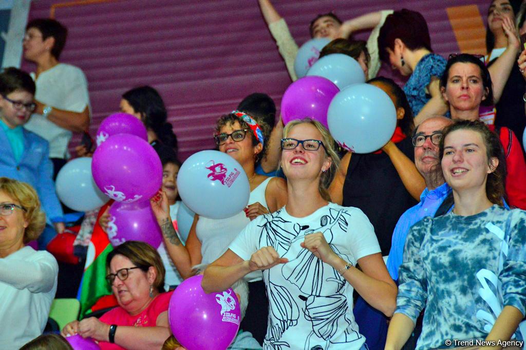Грандиозная церемония закрытия 37-го Чемпионата мира по художественной гимнастике в Баку