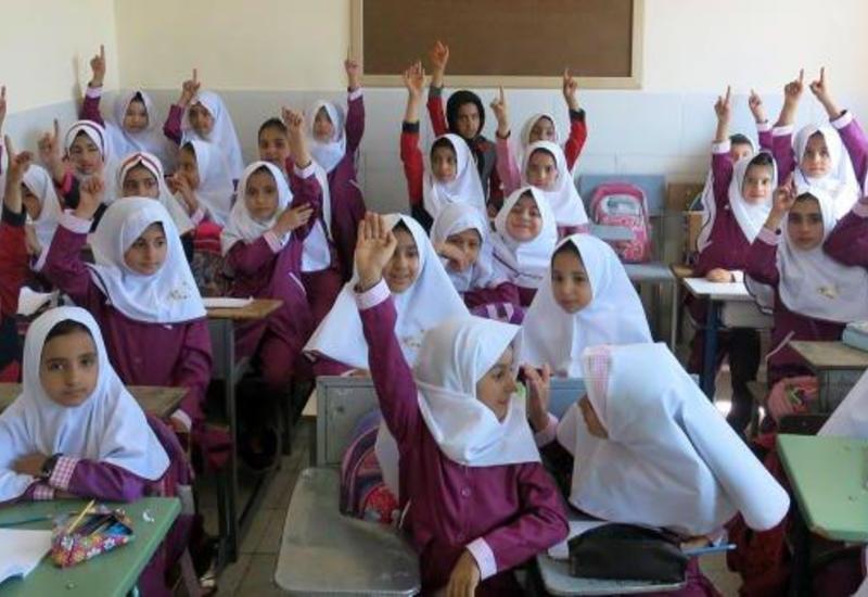 В школах Ирана начали преподавать азербайджанский язык