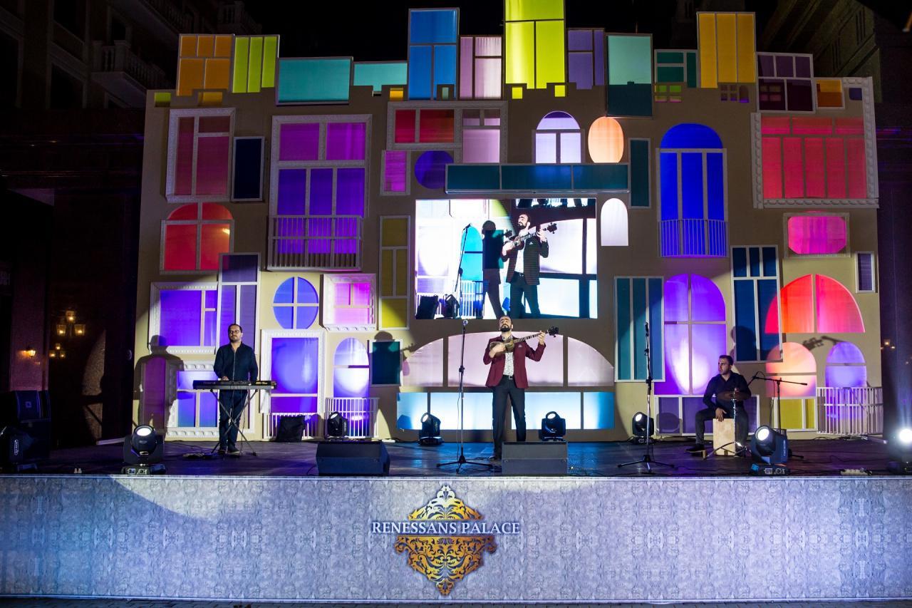 """""""Renessans Palace"""" собрал жителей вокруг себя с огромным концертным мероприятием под названием«Мой дом, ... моя Родина»"""