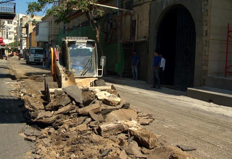 В центре Баку реконструируется одна из самых известных улиц