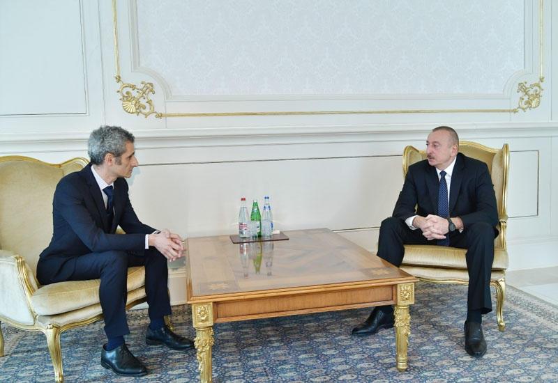 Президент Ильхам Алиев принял верительные грамоты новоназначенного посла Франции в Азербайджане