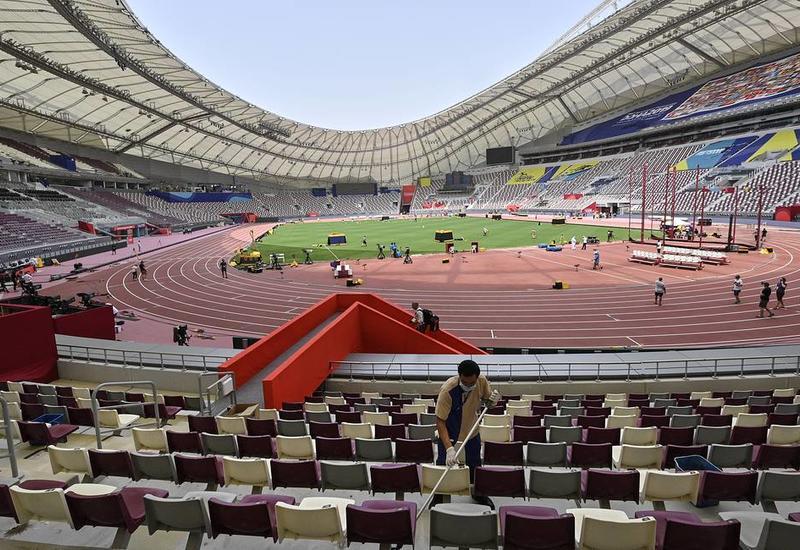 Легкоатлеты на чемпионате мира в Дохе страдают от жары и мерзнут в столовой