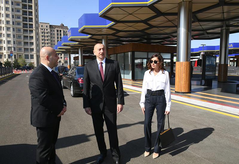 Президент Ильхам Алиев и Первая леди Мехрибан Алиева приняли участие в открытии Транспортного обменного центра «Кероглу» в Баку